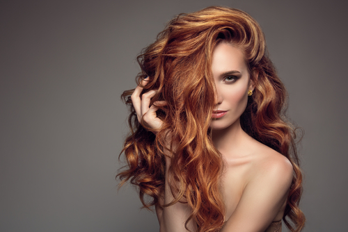 How to Rehydrate Your Hair: The Olive Oil Approach